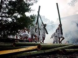 御願神事(竹割祭)